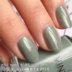 186 VINYLUX CND Wild Moss (Гранитно-зеленый с золотыми микроблестками, плотный)